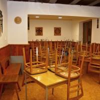 Prostory chaty - společenská místnost / jídelna