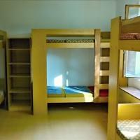 Pokoj - postele v pokoji
